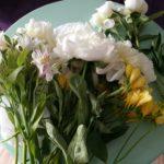 przygotowania bukietu na plener by Monika florystyczna pasja